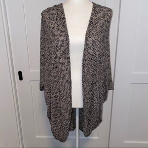 Black and White bat arm open sweater/ cardigan